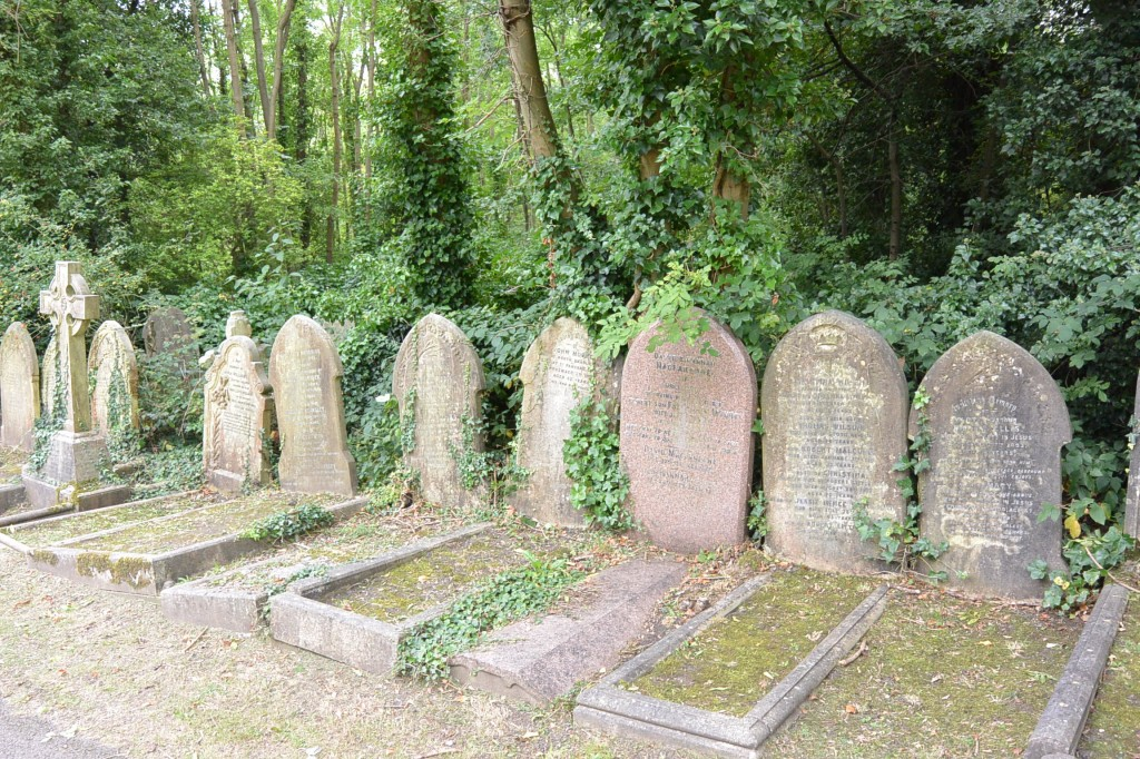 Less prominent graves!